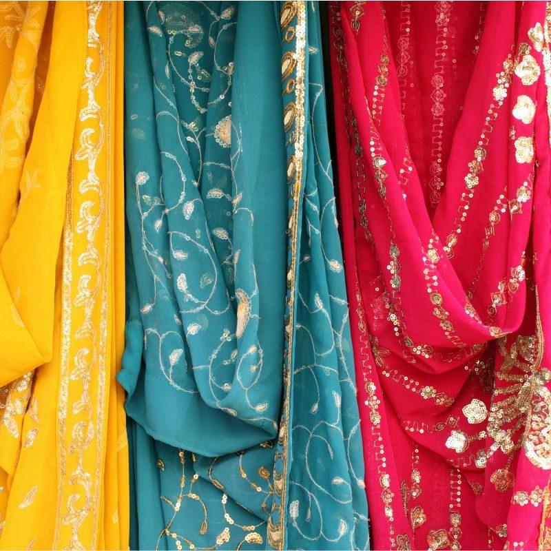 Bollywood Przymierzanie sari